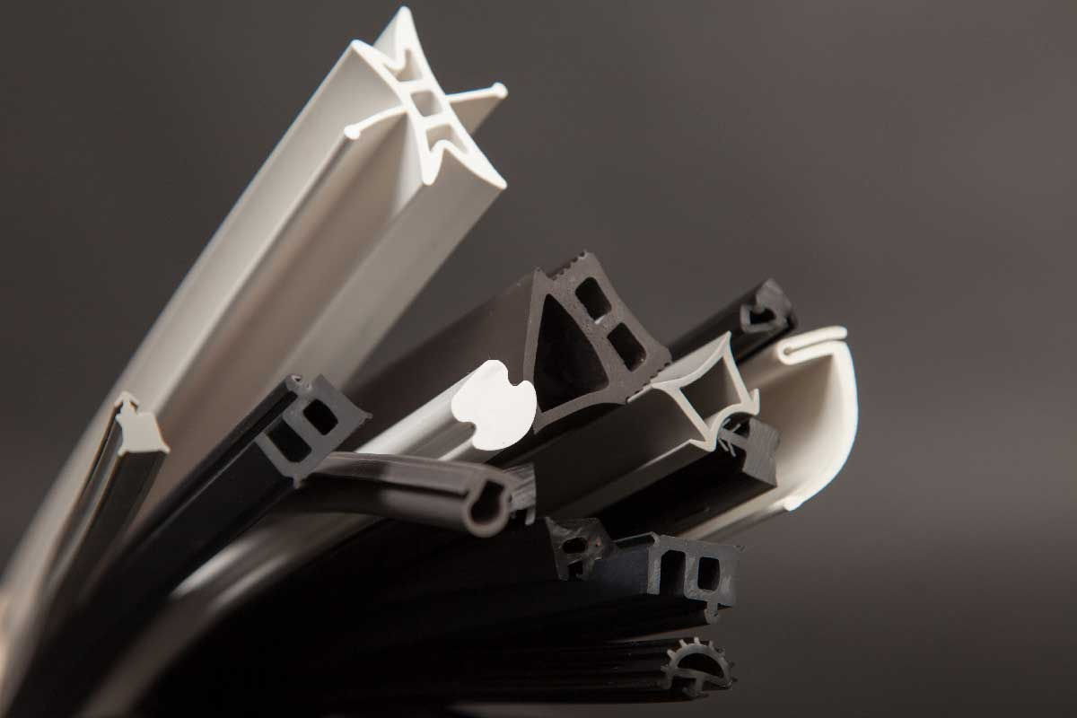 Partnering With Custom Rubber Extrusion Companies
