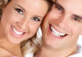 Safe and Effective Teeth Whitening Treatment Options